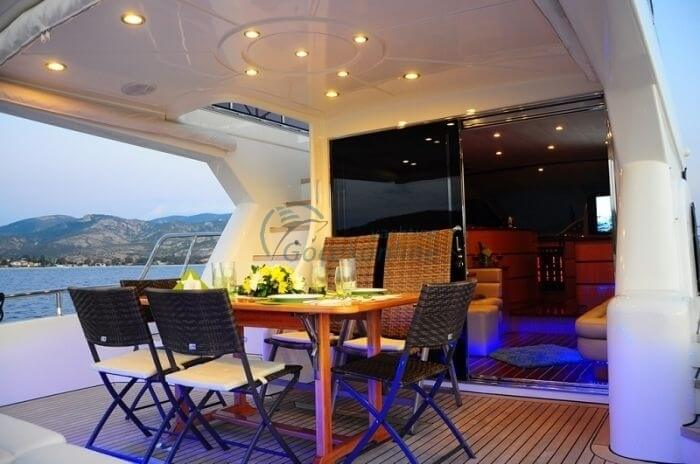 Bozyaka stands out as a Luxury alternative for you and your friends to enjoy the sea, sun and wind.