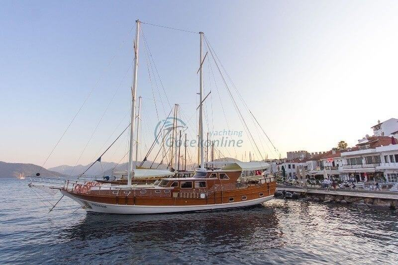Our boat, which is 85.28 feet feet, offers blue cruise service with its crew including fuel in Bodrum, Fethiye, Göcek, Marmaris, Bozburun, Kaş region.