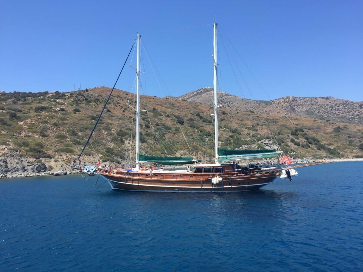 Our boat ,which has length of 30 meter, is always ready for your blue cruise holiday plans with its experienced and friendly crew.