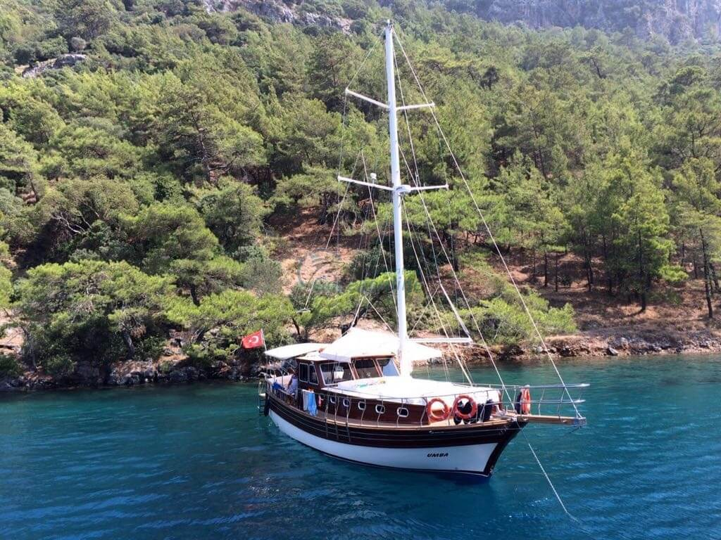 We are ready for service for our guests in the tours starting from Göcek, with our boat providing capacity of 6} guests and team of 2 people.